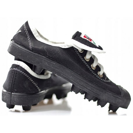 Korkotrampki - buty piłkarskie HEK
